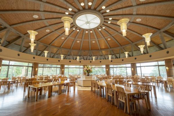 20国民宿舎鵜の岬,レストランしおさい,内観