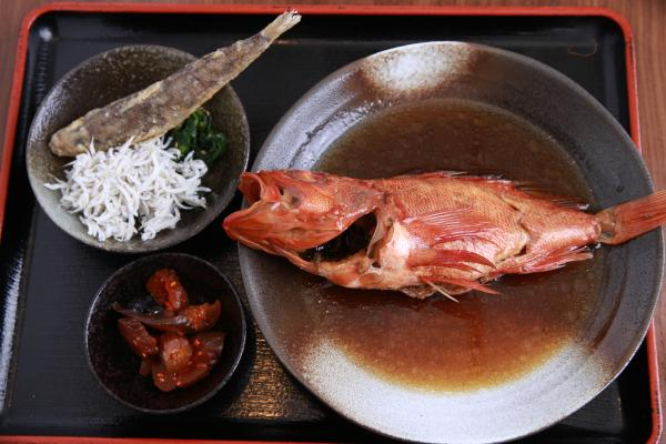 道の駅、祥天丸(煮魚)